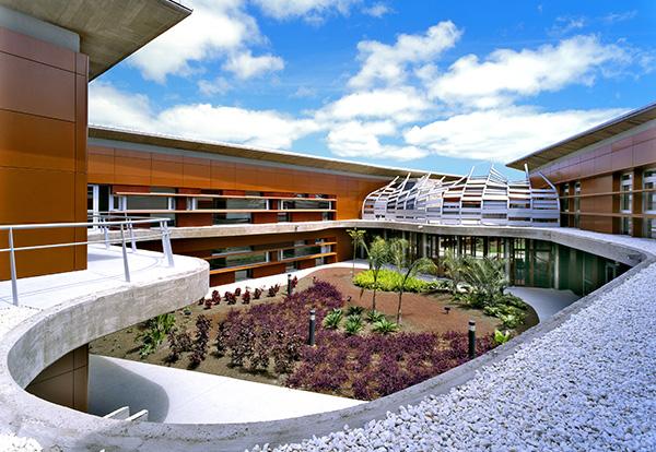 Centro sociosanitario nuestra se ora de los dolores for Arquitectura geriatrica